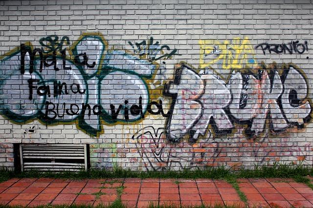 Graffiti, come rimuoverli